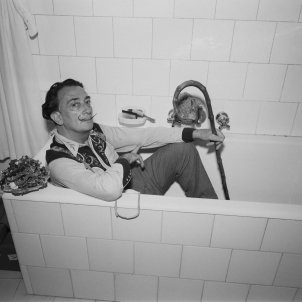 Salvador Dalí's body to be exhumed tomorrow evening