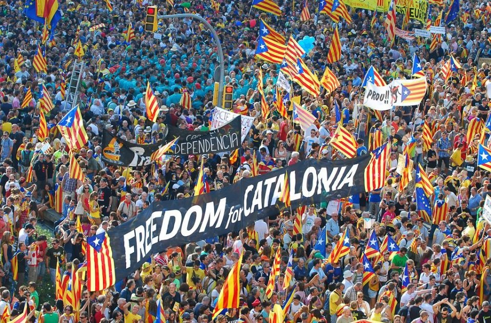 More than 50,000 sign-ups, 1000 coaches for Catalan National Day