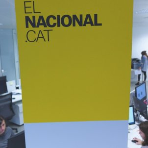 Spanish Civil Guard in the office of 'El Nacional', other media
