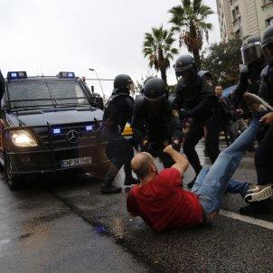 844 injured by Spanish police attacks during referendum