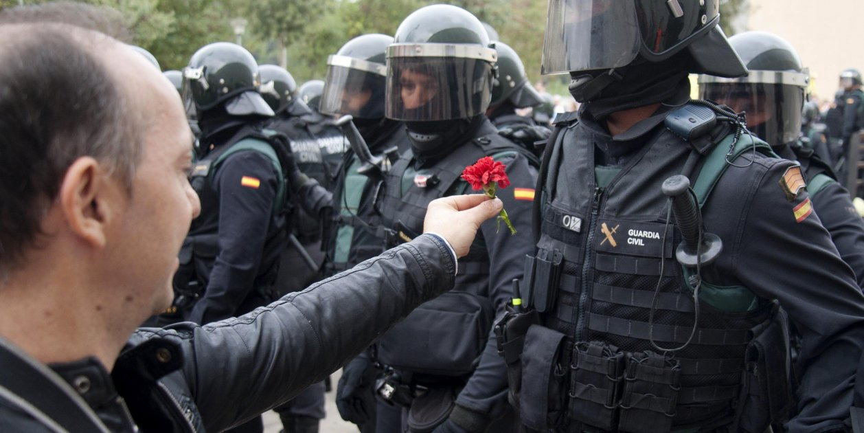 """""""Exemplary behaviour"""", the Civil Guard's director-general on the referendum"""