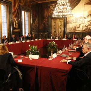 Barcelona mayor proposes EU dialogue platform on Catalan conflict