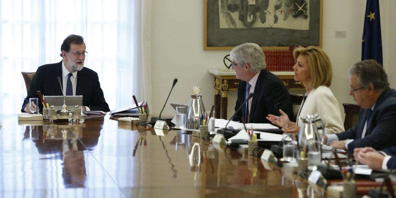 Spanish PM Rajoy dismisses Catalan government, elections to be held within 6 months