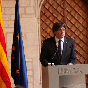 Pro-independence parties negotiating a substitute for Puigdemont in Catalonia