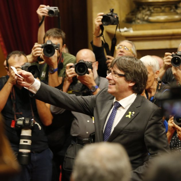 "JxCat moots ""reinstating"" Puigdemont if he's extradited for misuse of funds"