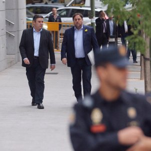 Supreme Court judge releases Catalan ministers; Junqueras, Forn and 'Jordis' to stay in prison