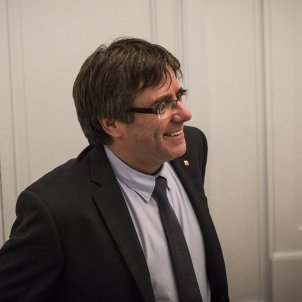 """""""In Geneva, we'll speak loud and clear,"""" says Puigdemont, defying arrest threats"""