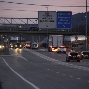 Spain's Interior ministry reinforces border police in case Puigdemont returns