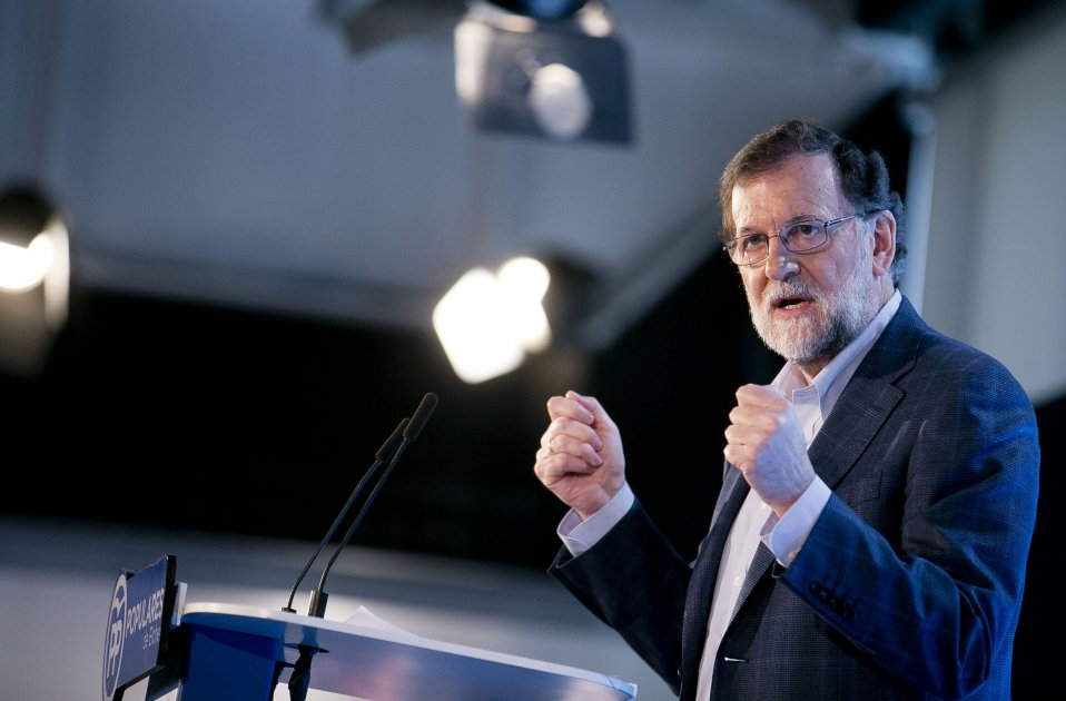 """Rajoy criticises """"debates about languages"""" after attacking Catalonia's system"""