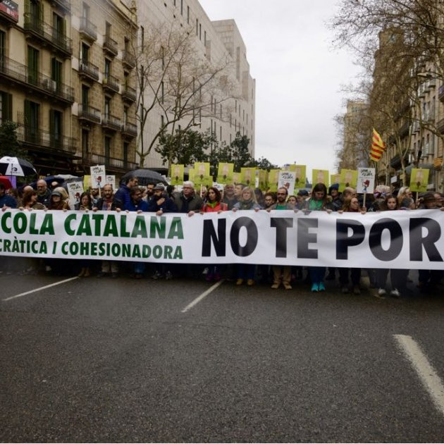 Catalonia's school community rallies to defend language immersion system