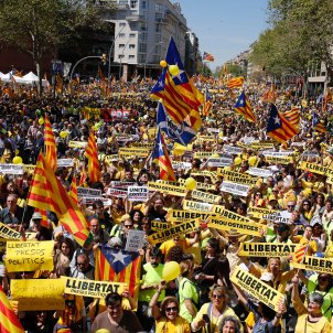 A yellow tide for liberty engulfs Barcelona