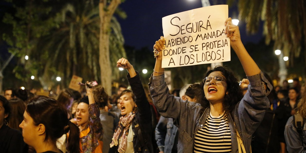 Release of 'wolf pack' men unleashes anger at Spanish justice