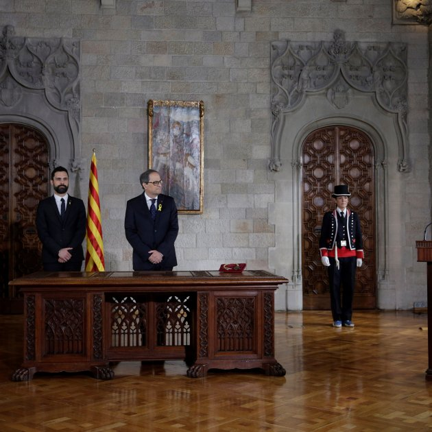 Torra suspends swearing in cabinet, asks for legal opinion in face of Rajoy's veto