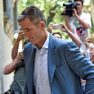 Spanish king's brother-in-law enters prison