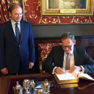 Bundesrat president visits Spanish Senate (and calls for dialogue with Catalonia)