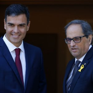 Catalan government gets referendum, prisoners onto agenda for meeting with Spain