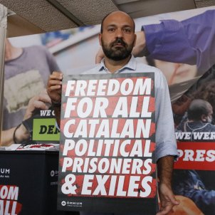 New campaign to explain situation in Catalonia to tourists