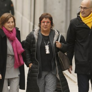 Former Catalan minister Dolors Bassa granted permission to visit mother in hospital
