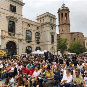 "Hundreds call to ""Free Forcadell"" in act for jailed Catalan speaker"