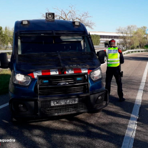 Mossos d'Esquadra police begin coronavirus checks on vehicles entering Catalonia