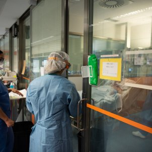 Coronavirus death toll in Catalonia reaches 122, with 40 fatalities in a day