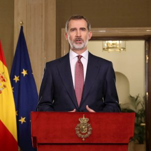 Spanish king, dodging family corruption issue, calls for unity against coronavirus