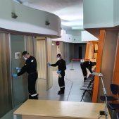 Catalan hospital closes door to Spanish army virus cleaning unit