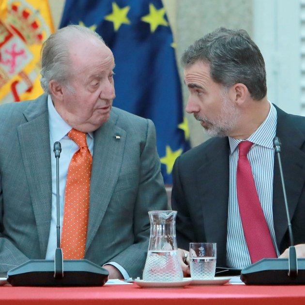 Òmnium takes legal action against Spain's Juan Carlos I on corruption issue