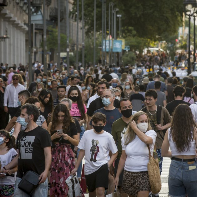 Face masks: compulsory in Catalonia in all spaces open to the public