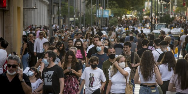 Face Masks Compulsory In Catalonia In All Spaces Open To The Public