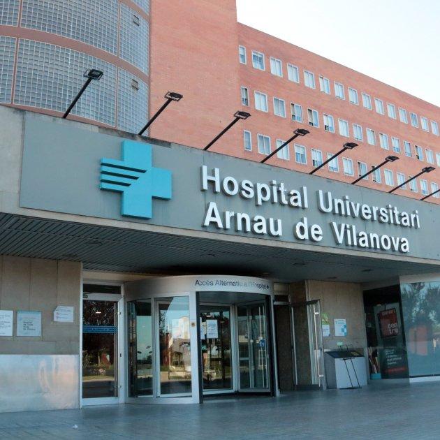 First death in coronavirus outbreak centred on Catalonia's Lleida region