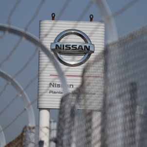 Nissan reaches deal with unions to delay closure of Catalan plants until end of 2021