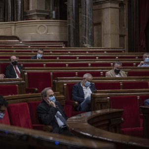 Constitutional stand-off in Catalan parliament continues as lawyers defy MPs