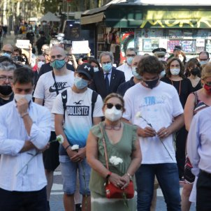 Homage held to terror victims on Barcelona's Rambla as new campaign demands truth