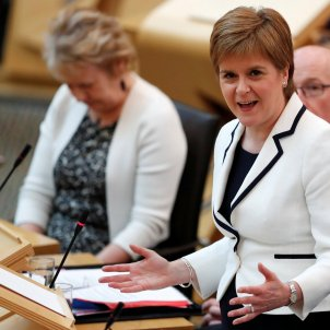 Sturgeon to propose a second independence referendum for Scotland before May