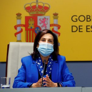 Spanish minister rebukes politicised military group seeking monarch's support
