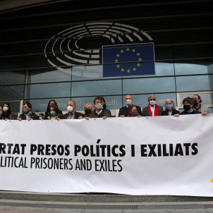 MEPs in Brussels unfurl the banner for which Catalonia's president was sacked