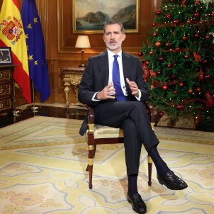 Spanish king's Christmas message uses pandemic to avoid royal corruption crisis