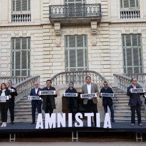 The nine Catalan political prisoners together, in a call for unity and an amnesty