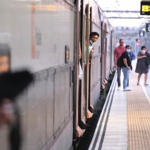 Catalonia takes over management of Lleida commuter trains from Spain's Renfe