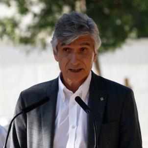 "Compulsory Covid jabs ""would be counterproductive"", says Catalan health minister"