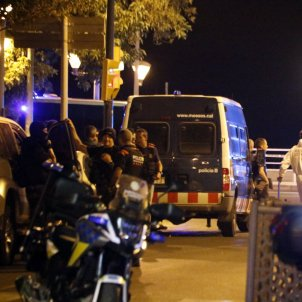 A single officer shot all five terrorists in Cambrils