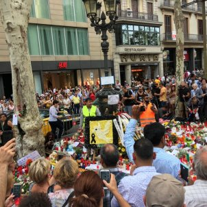 Emotional Saturday afternoon on la Rambla