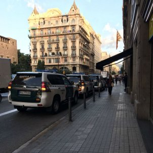 Civil Guard holds 13 high-ranking Catalan government officials