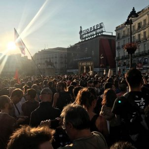 Madrid's Puerta del Sol overflowing with crowd against repression in Catalonia