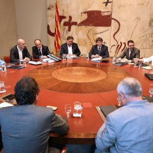 Catalan cabinet meeting to discuss response to Rajoy's demand