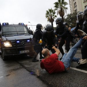 844 injured by Spanish police attacks during referendum