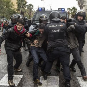 "Human Rights Watch on ""excessive use of force"" in Catalonia"