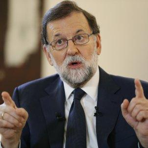 Spanish PM Rajoy opens the way to revoking Catalonia's autonomy