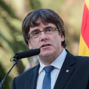 Puigdemont to unsuspend independence if Spain intervenes in Catalonia's autonomy